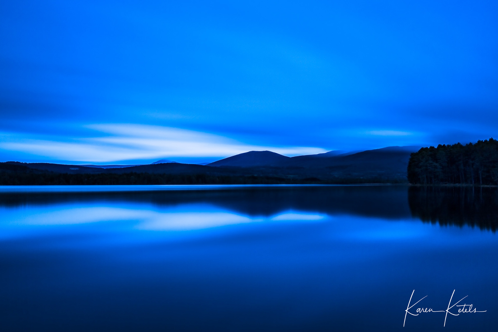 Vanishing light at Loch Garten in Scotland by Karen Ketels